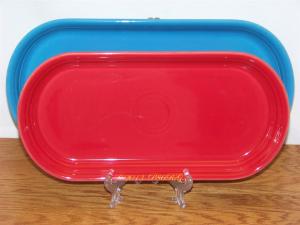 Fiesta® Large Bread Tray in Peacock - Small Bread Tray in Scarlet