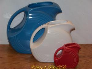 Fiesta® Pitchers - Large in Peacock - Medium/Juice in White - Mini in Scarlet