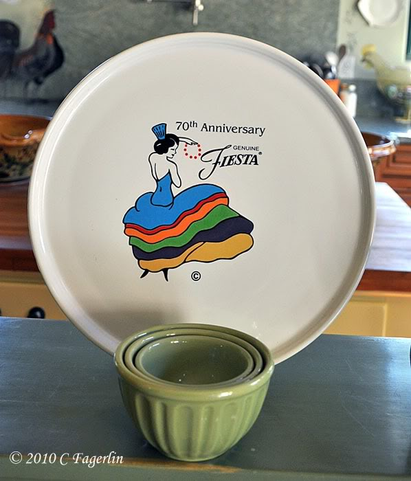 Fiesta® 70th Anniversary Pizza Tray - Spiegel & 70th Anniversary - Post 86 Reference Guide