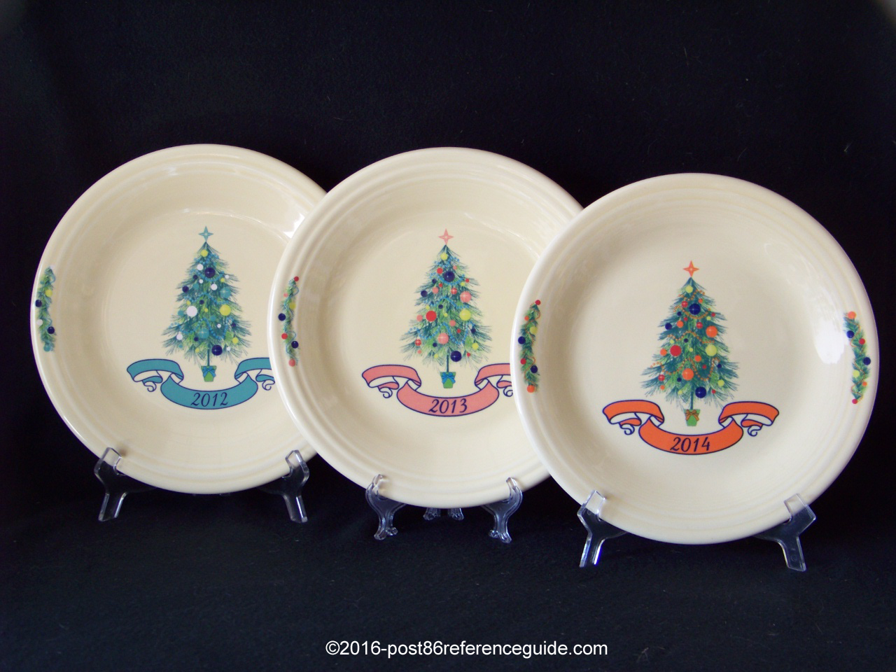 Fiesta® Dillards Christmas Yearly Dinner Plates & Yearly Christmas Tree - Post 86 Reference Guide