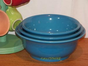 Fiesta® Mixing Bowl Set in Peacock