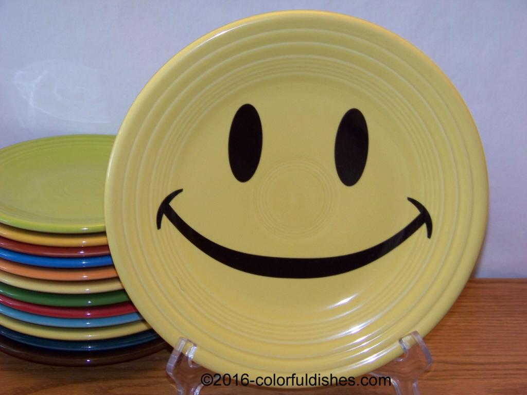 Fiesta® Smiley Luncheon Plate